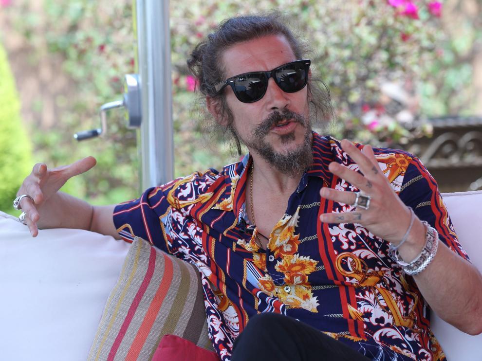 El actor español, Óscar Jaenada, protagoniza la serie 'Hernán'.