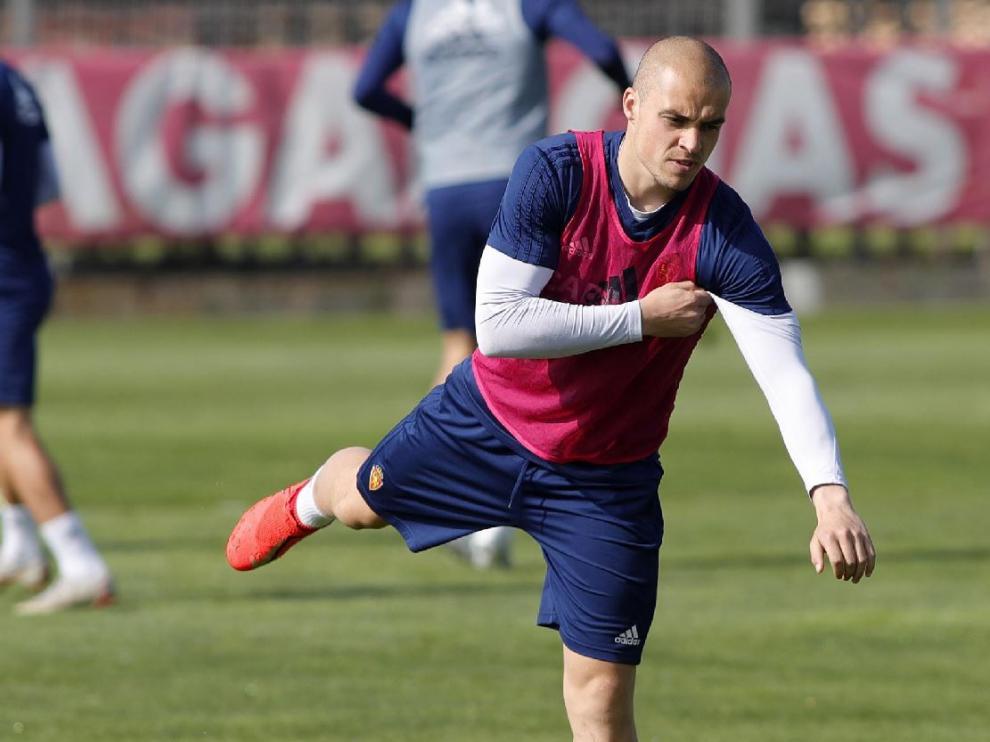 Jorge Pombo, al inicio del entrenamiento de este martes en la Ciudad Deportiva.