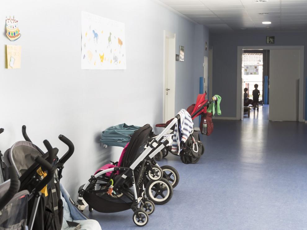 Este año se amplía la deducción por maternidad para gastos de guardería.