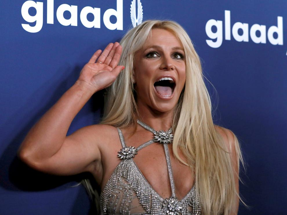 FILE PHOTO: Singer Britney Spears poses at the 29th Annual GLAAD Media Awards in Beverly Hills, California, U.S., April 12, 2018. REUTERS/Mario Anzuoni/File Photo [[[REUTERS VOCENTO]]] PEOPLE-BRITNEY SPEARS/