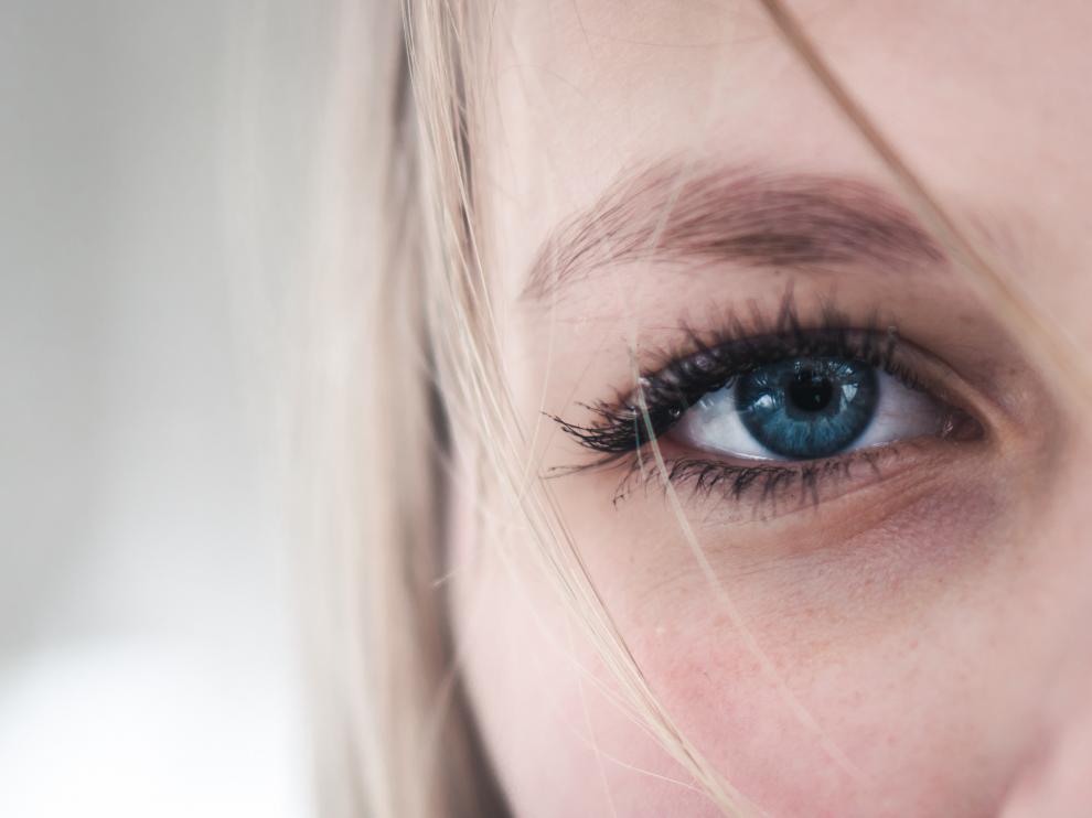 La piel envejecida se caracteriza por el adelgazamiento del tejido, la fragilidad y mayor lentitud para cicatrizar lesiones
