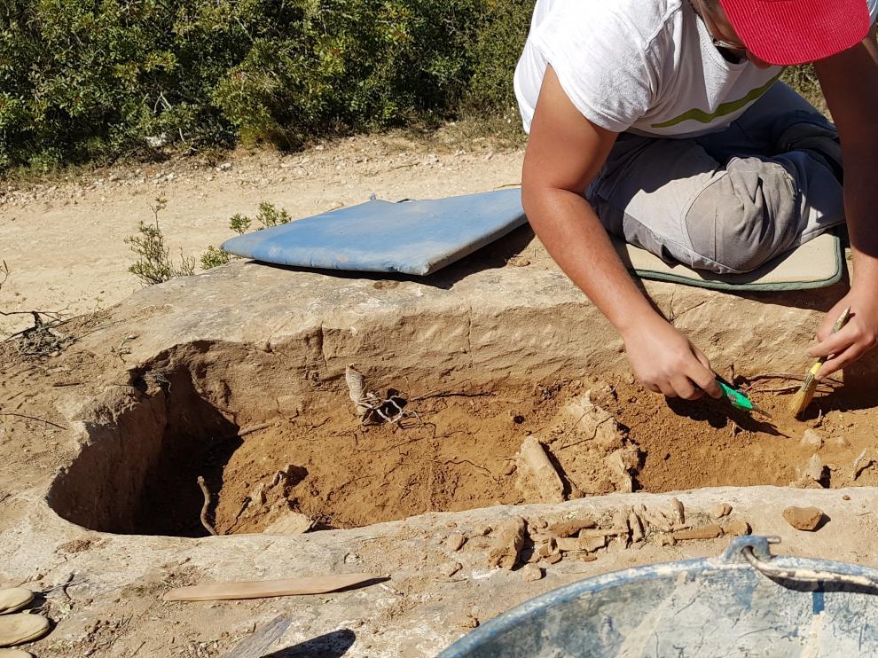 Arqueólogos del Consorcio Patrimonio Ibérico de Aragón han exhumado los restos.