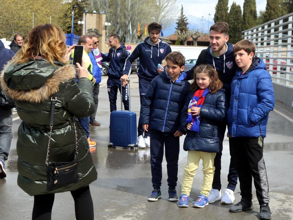 Salida del Huesca a Valencia..6 - 4 - 19..PABLO SEGURA PARDINA - [[[FOTOGRAFOS]]]