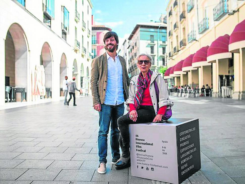Alejandro Cortés y Teresa Ramón, en Huesca, en la presentación de 'Carrasca'