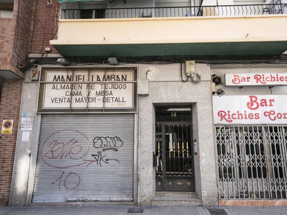 El crimen se cometió en un piso de esta casa de la calle Marcos Zapata.
