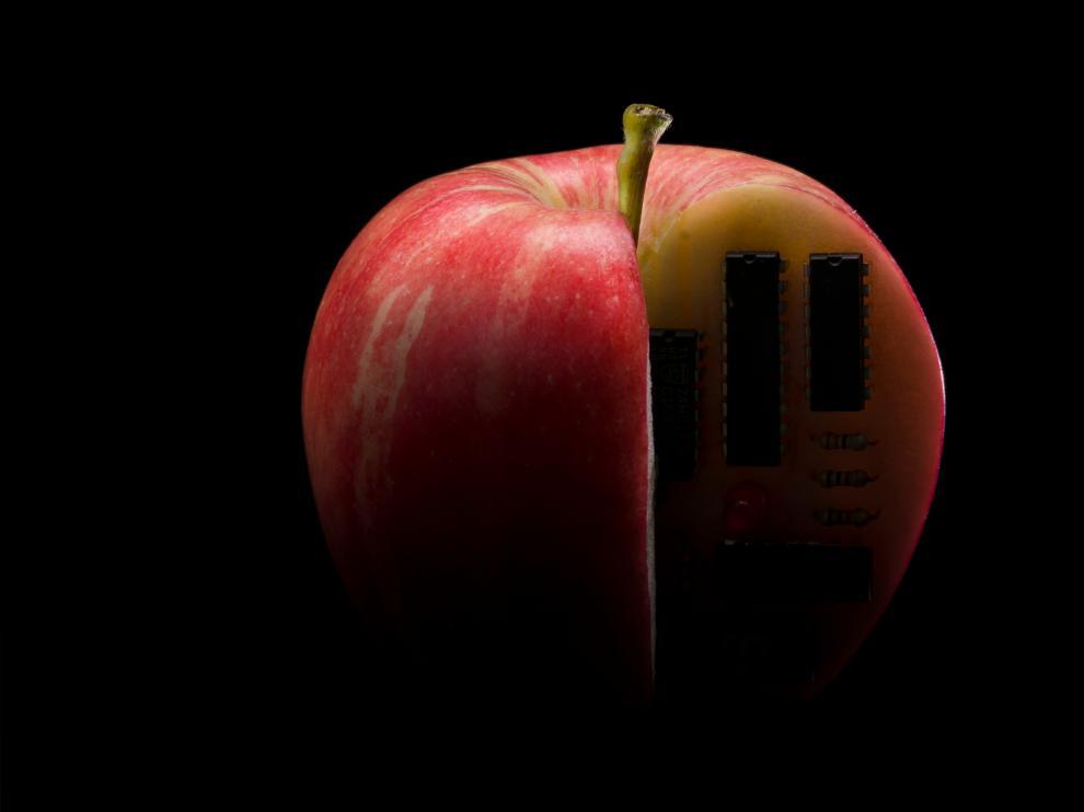 'Manzana programable' fue la imagen ganadora en la modalidad Alimentación y nutrición del certamen Fotciencia