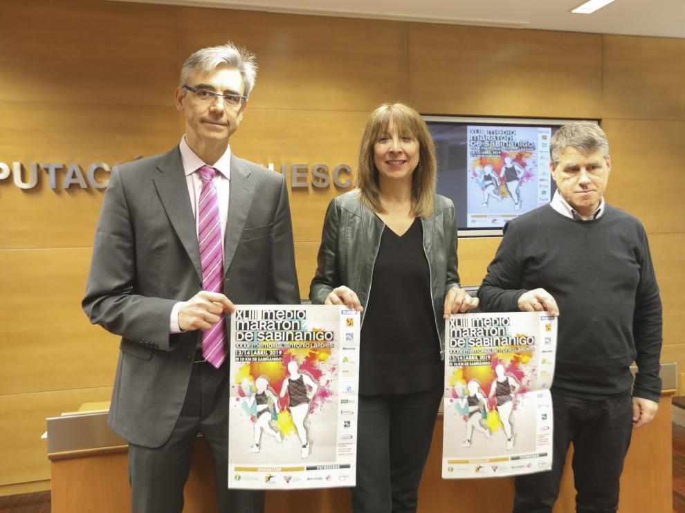 De izquierda a derecha, José Luis Victorín, Berta Fernández y José Antonio Garrido.