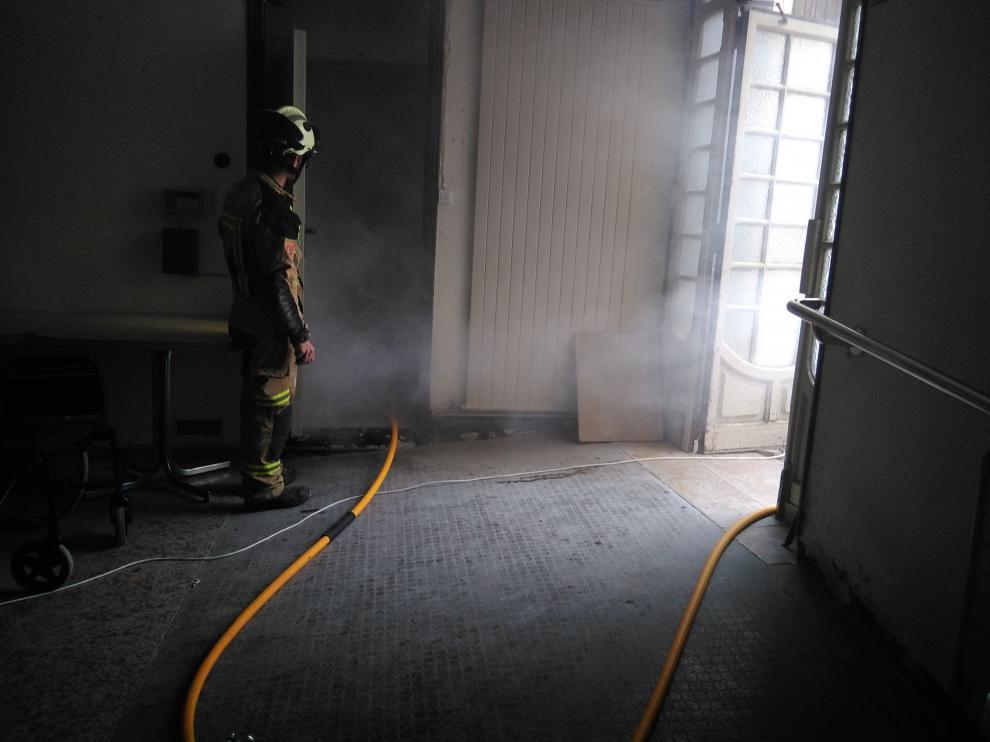 Incendio simulado en las prácticas turiasonenses.