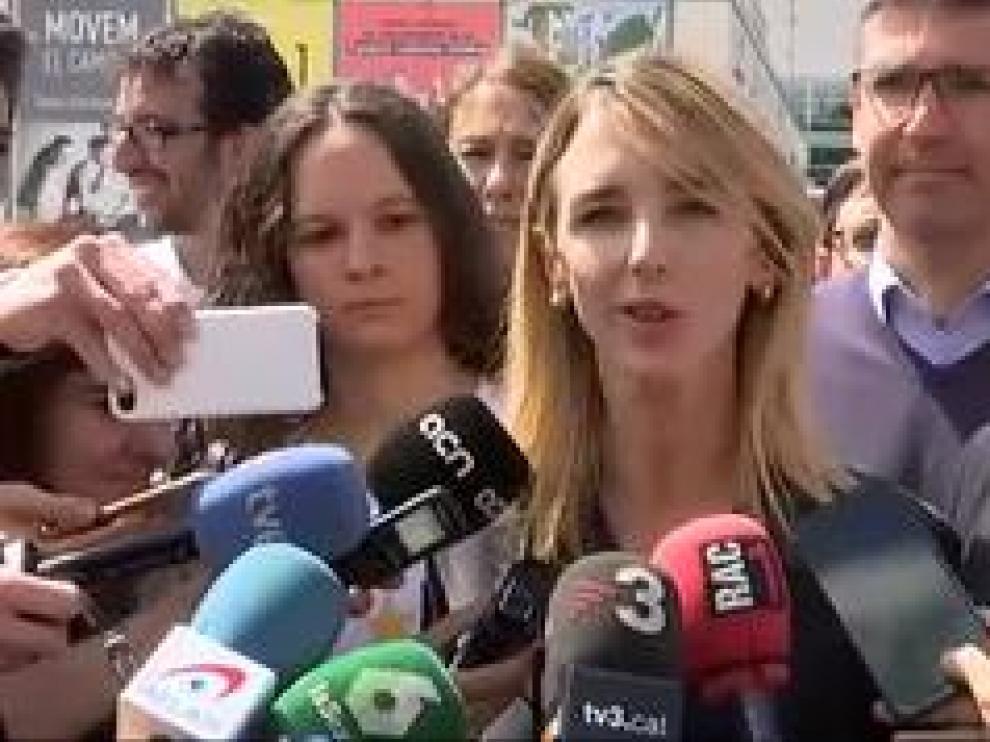 """La candidata del PP por Barcelona se refiere a ellos como """"niñatos totalitarios"""" y """"pijos reaccionarios""""."""