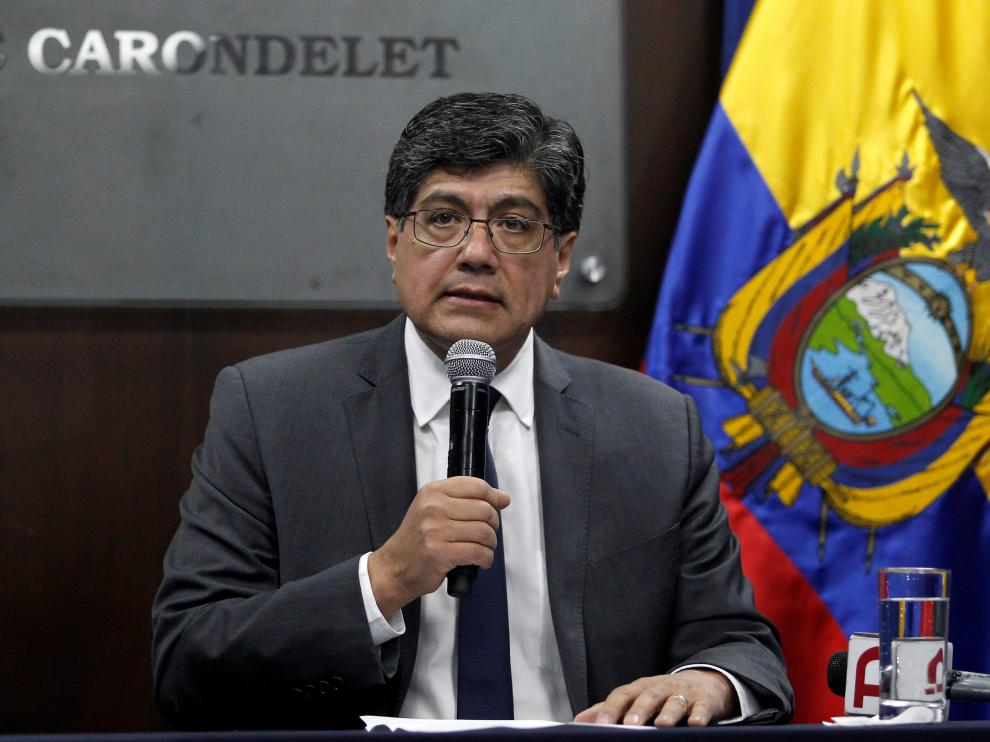 Ecuador's Foreign Minister Jose Valencia addresses the media, after WikiLeaks founder Julian Assange was arrested by British police at the Ecuadorean embassy in London, in Quito, Ecuador April 11, 2019. REUTERS/Daniel Tapia NO RESALES. NO ARCHIVES. [[[REUTERS VOCENTO]]] ECUADOR-ASSANGE/
