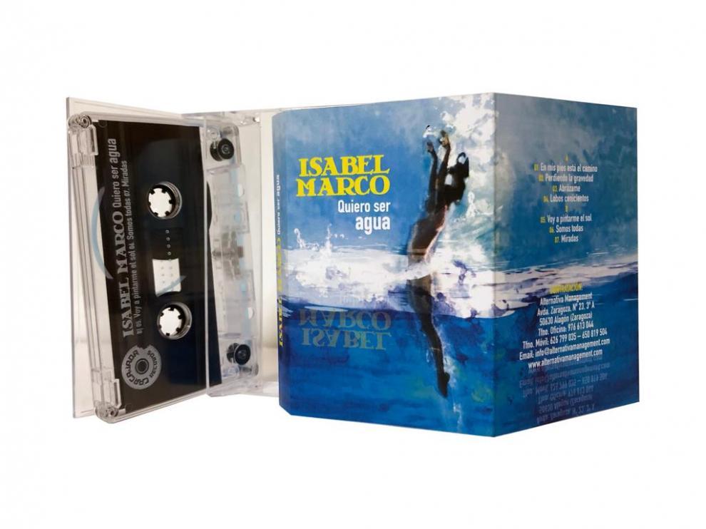 La música zaragozana Isabel Marco ha lanzado su nuevo trabajo, 'Quiero ser agua', en cassette.