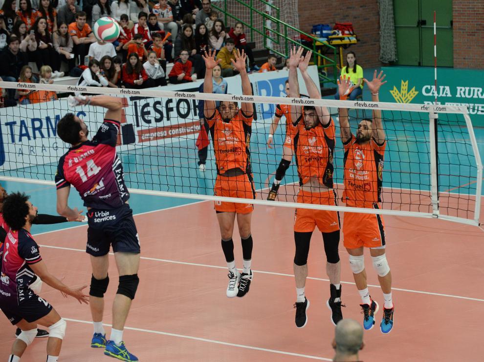 Segundo partido de la semifinal del 'play off' al título disputado en Los Planos