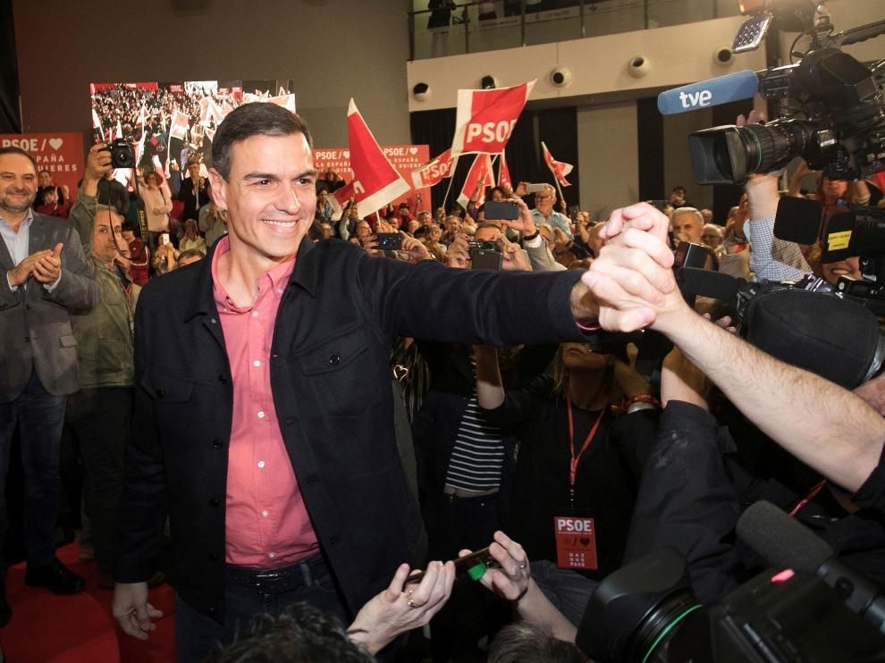 Pedro Sánchez este viernes en un mitin de campaña en Castellón.