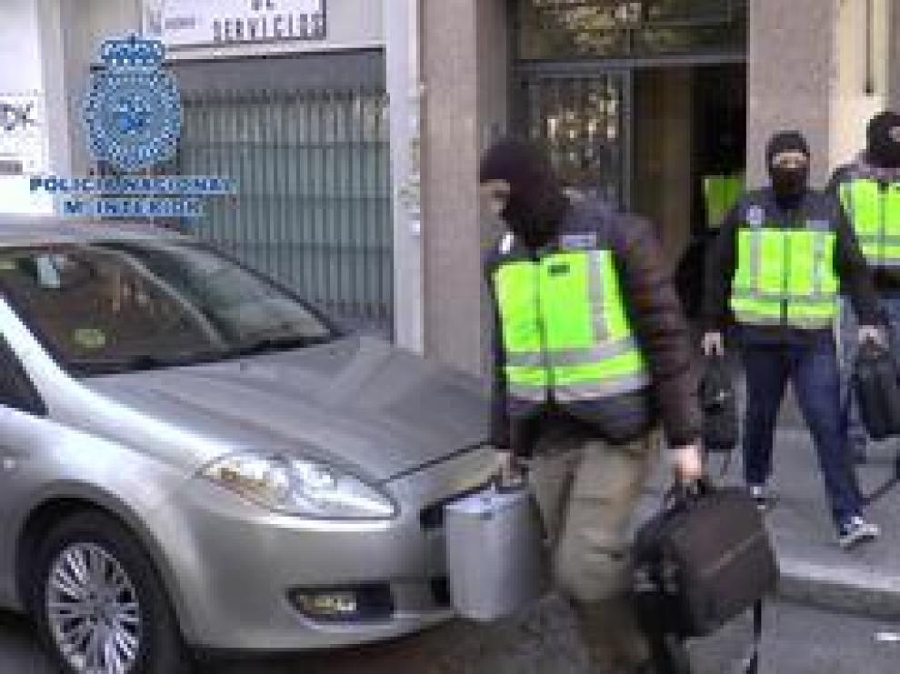 La Policía Nacional ha desarticulado este lunes en Madrid la infraestructura del órgano oficial de comunicación de la organización terrorista colombiana Ejército de Liberación Nacional, en una operación en la que se ha detenido a su administrador.