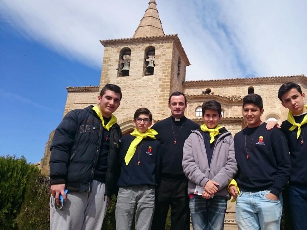 Algunos de los adolescentes que acuden a localidades de la provincia de Huesca.