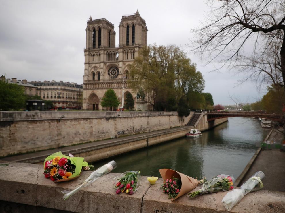 El incendio que ha devastado la catedral de Notre Dame en París ya ha sido controlado.