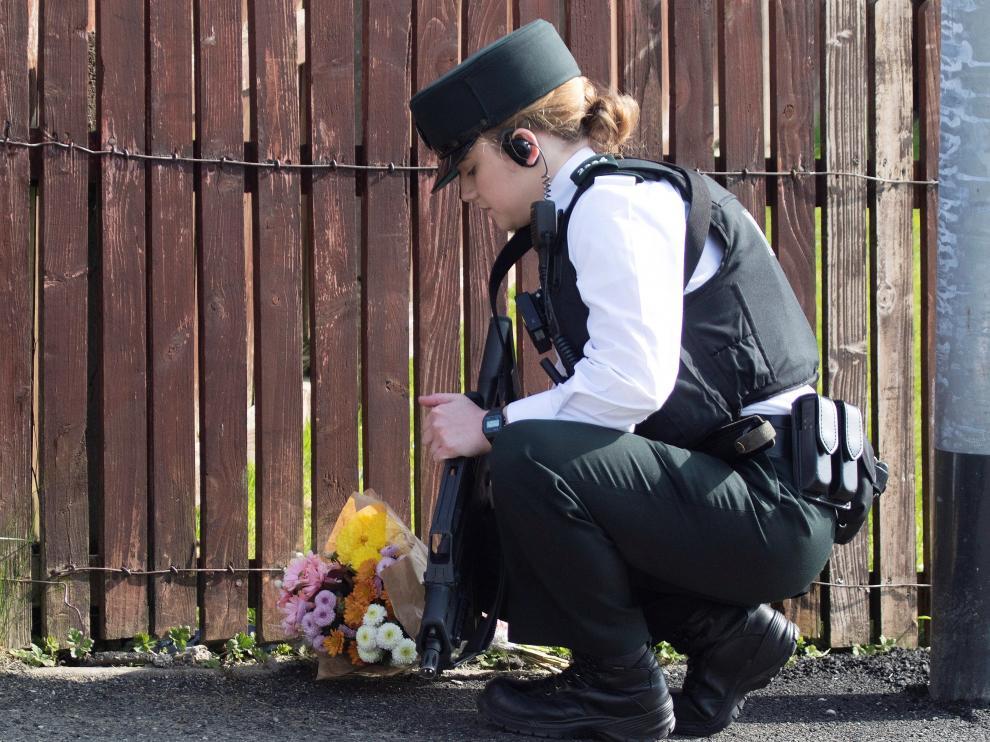 Irlanda del Norte celebra este sábado en diferentes puntos de la provincia vigilias para recordar a McKee, una periodista de investigación muy querida entre ese gremio.
