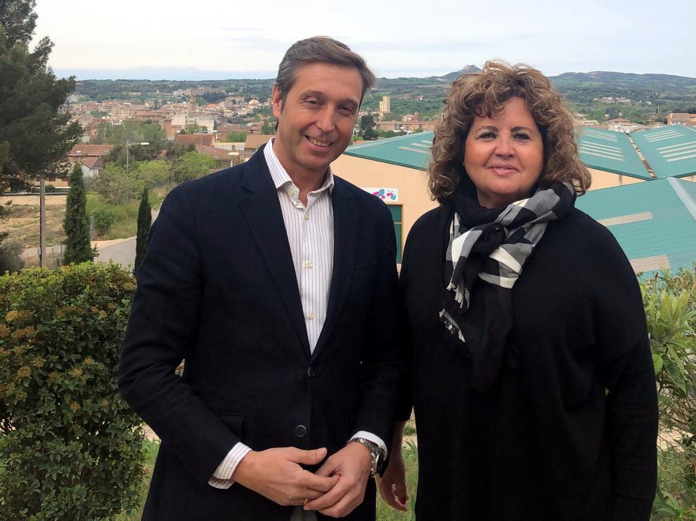 María Jesús Morera con el actual portavoz municipal del PAR, Javier Betorz.