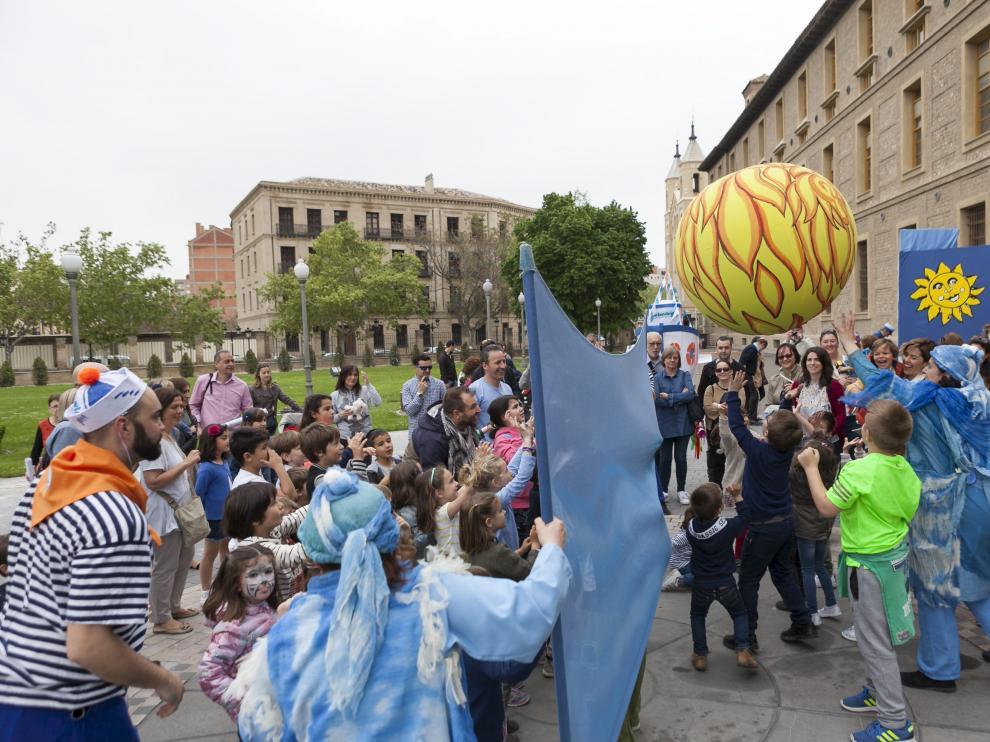 ARAGON PREVIA FESTIVIDAD SAN JORGE EN EL PIGNATELLI / 22-04-2018 / FOTO: ARANZAZU NAVARRO [[[FOTOGRAFOS]]]