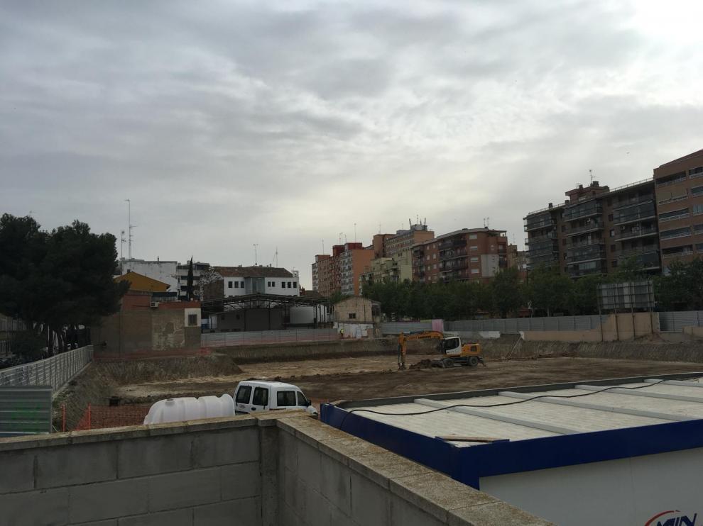 Obras en los terrenos del colegio de La Purísima y San Antonio.