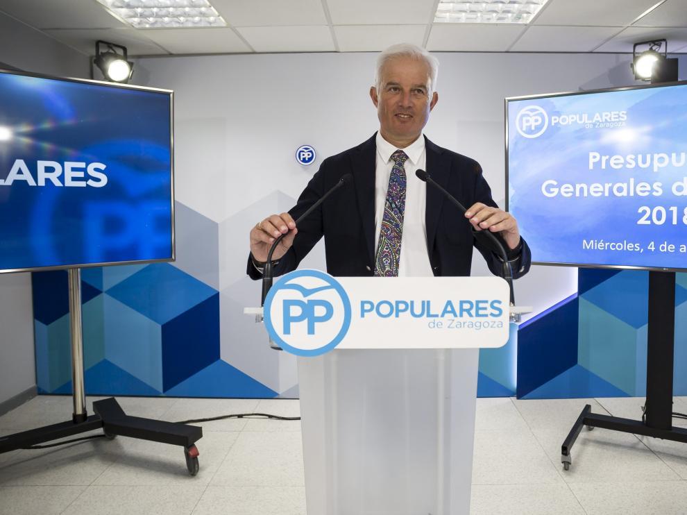 El candidato del PP, Eloy Suárez, el pasado 4 de abril