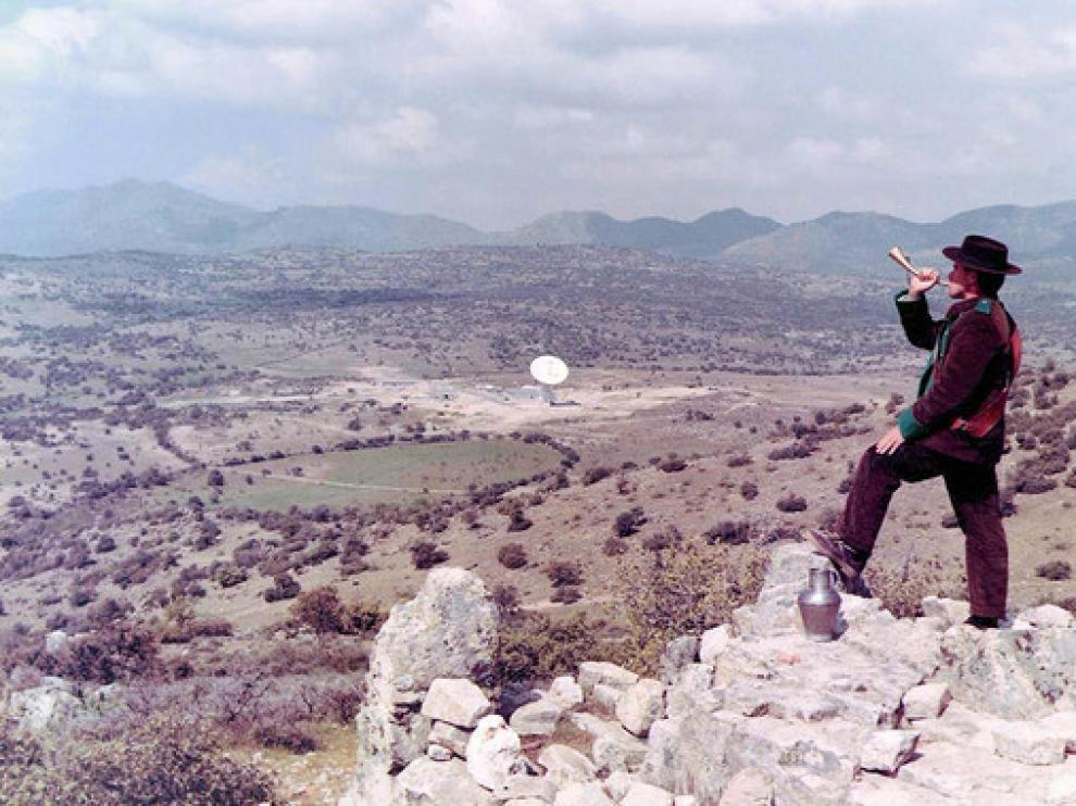 En los años 60 la NASA colocó una de sus grandes antenas del programa Apolo cerca de Fresnedillas de la Oliva, un pequeño pueblo madrileño por entonces agrícola y ganadero.