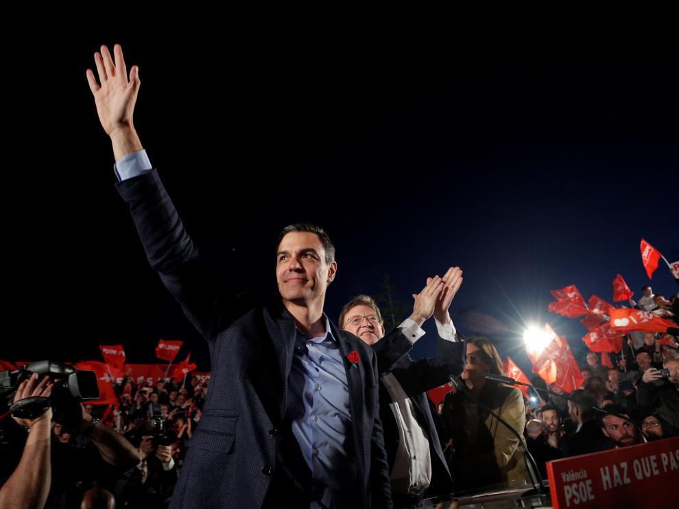 Pedro Sánchez en el cierre de campaña del PSOE en Valencia.