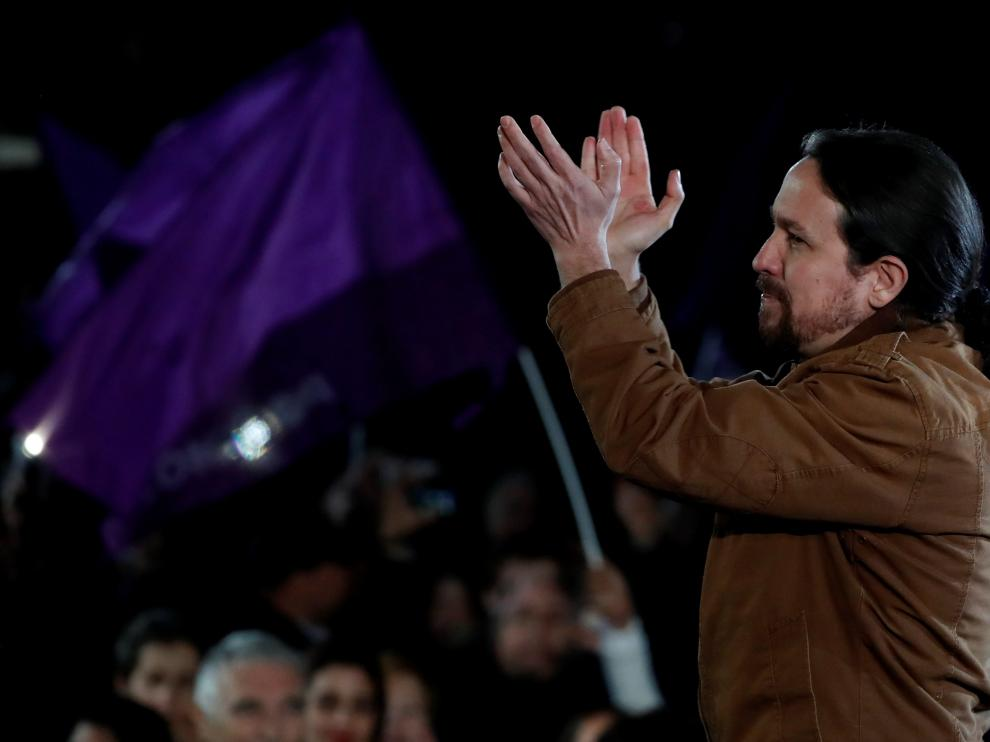 Spain's Unidas Podemos (Together We Can) candidate Pablo Iglesias applauds during an electoral campaign closing rally in Madrid, Spain April 26, 2019. REUTERS/Rafael Marchante [[[REUTERS VOCENTO]]] SPAIN-ELECTION/IGLESIAS RALLY