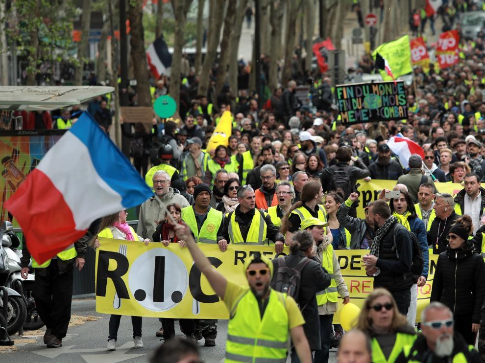 Nueva marcha de los 'chalecos amarillos', este sábado en París.