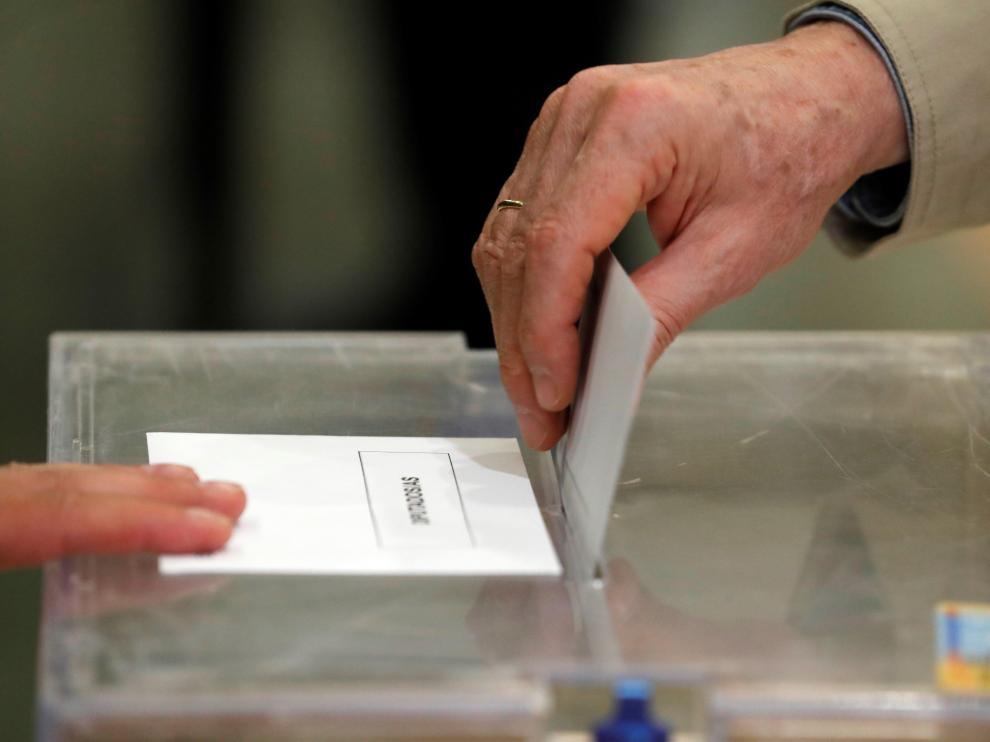 Momentos de la jornada electoral.