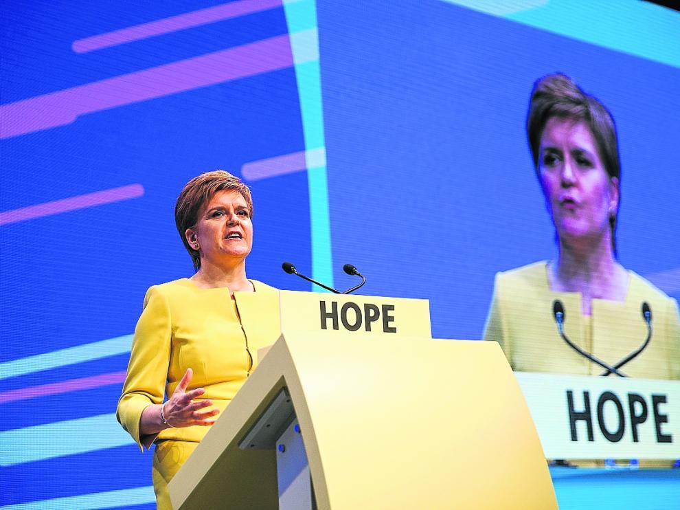 La ministra principal de Escocia, Nicola Surgeon, tras el congreso de ayer en Edimburgo