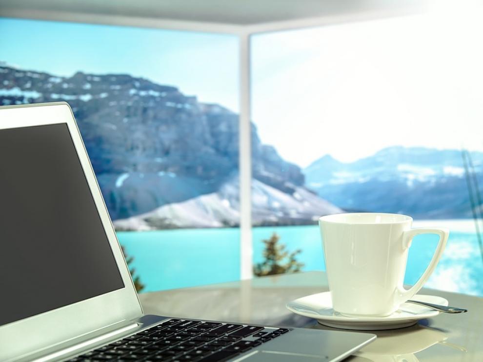 En tres de cada cuatro empresas los viajes de negocios los reserva un equipo de profesionales.
