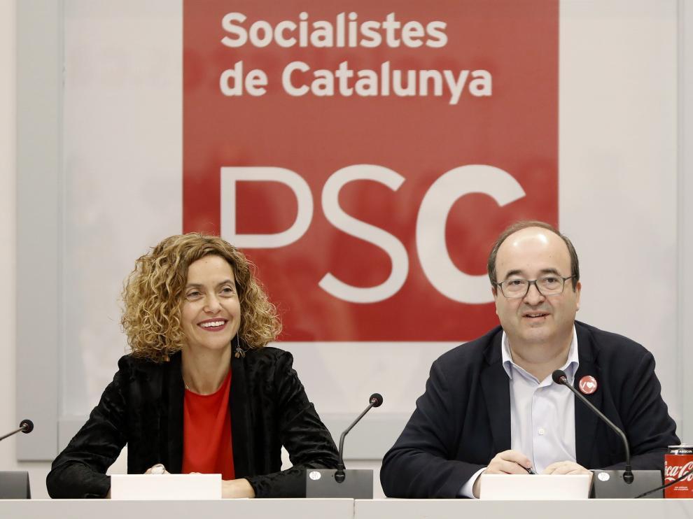 La ejecutiva del PSC, presidida por Meritxell Batet y Miquel Iceta.