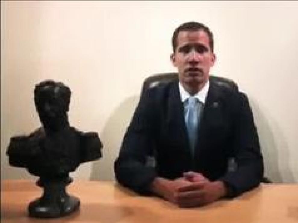 """""""En Venezuela no hay posibilidad de un golpe de estado, a menos que me quieran apresar a mí"""", explica el autoproclamado presidente en un video difundido por las redes sociales"""