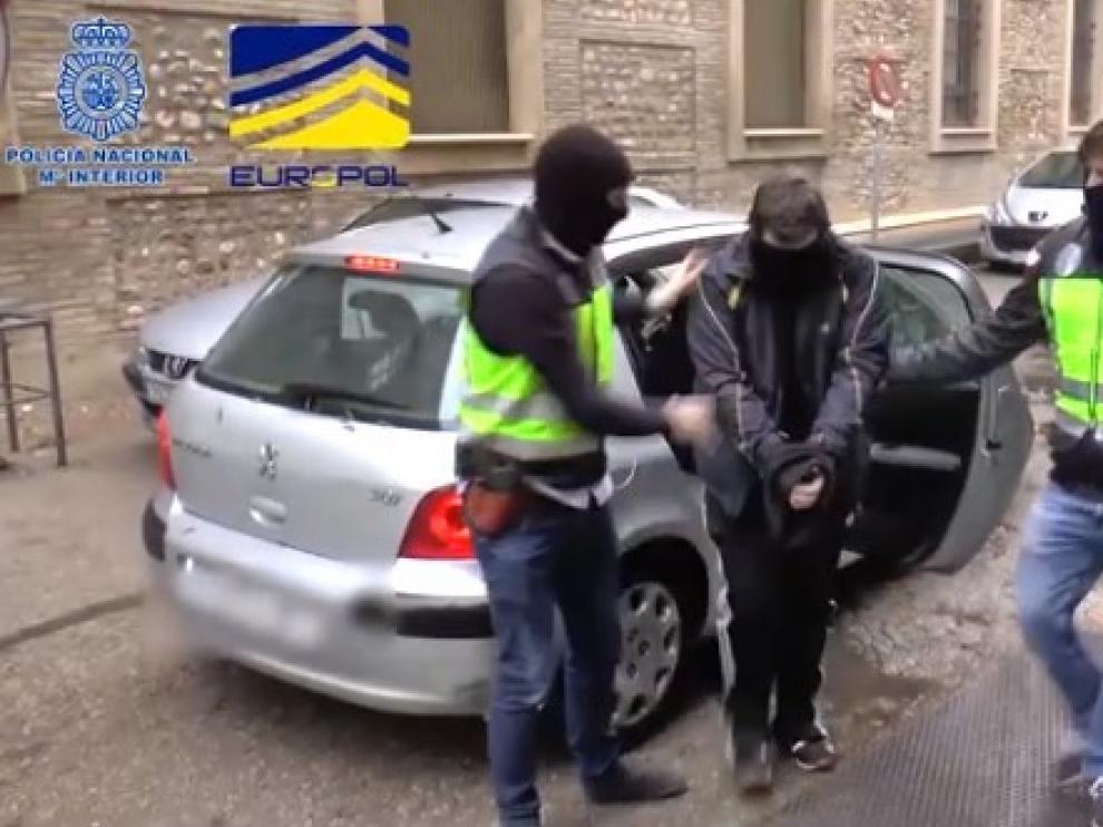 Captura del vídeo que difundió la Policía Nacional cuando se produjo la detención del zaragozano en diciembre de 2018.
