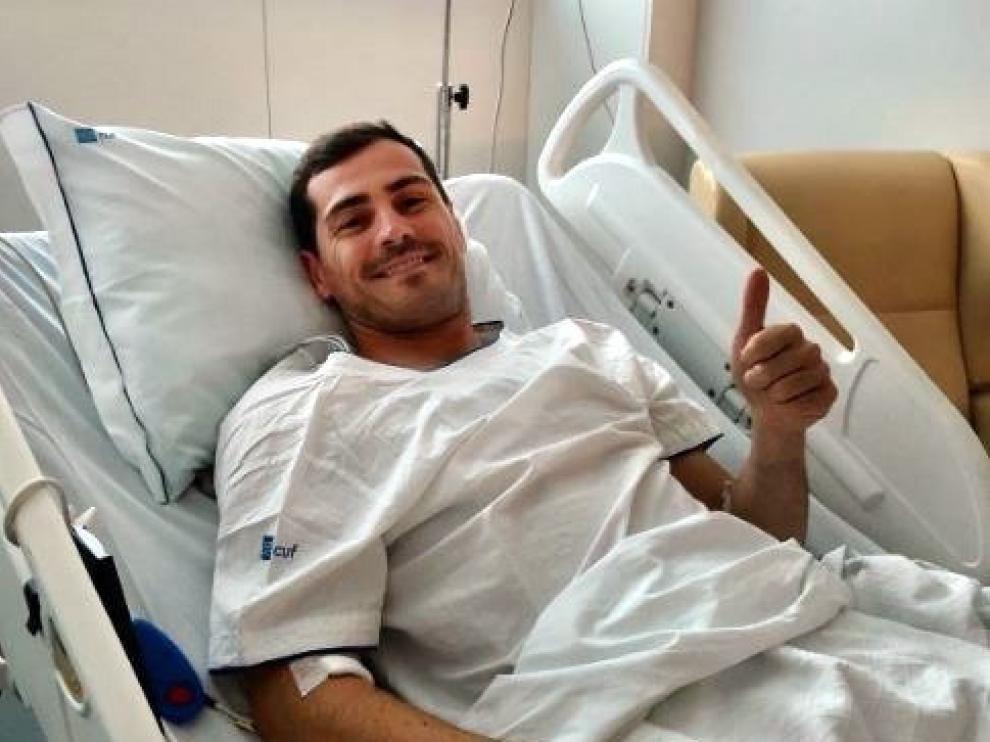 Casillas pasa su primera noche en el hospital estable.