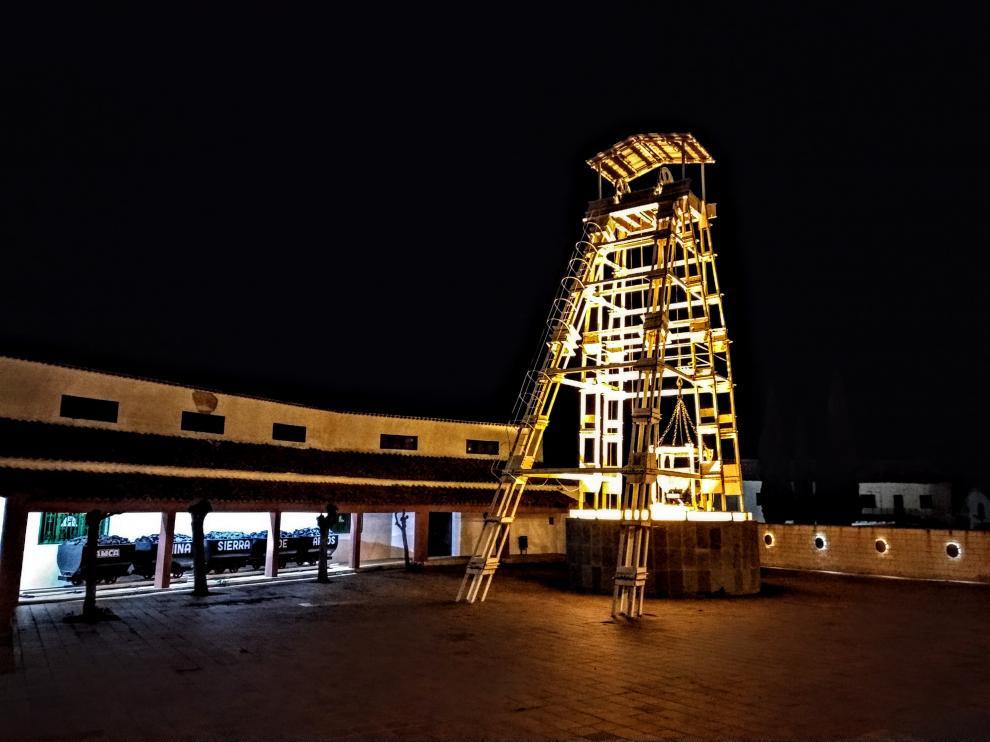 El museo minero, con el castillete Pozo Corral Negro, es todo un símbolo del municipio.