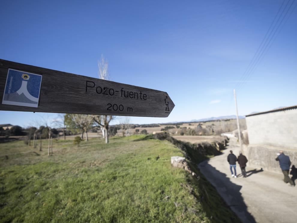 Señal del pozo-fuente de Blecua, uno de los municipios que aparecen en la recopilación de topónimos de la Hoya de Huesca.