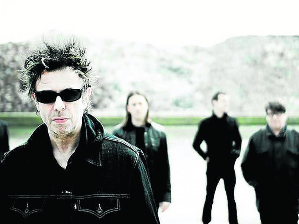 La banda de Liverpool Echo & The Bunnymen, con Ian McCulloch, al frente, actuará en Lanuza.