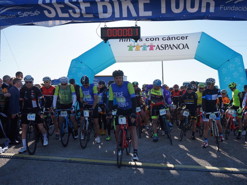 Salida de la Sesé Bike Tour 2019, con la presencia del cinco veces ganador del Tour de Francia Miguel Induráin