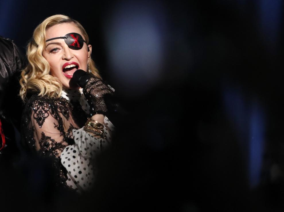 2019 Billboard Music Awards- Show - Las Vegas, Nevada, U.S., May 1, 2019 - Madonna performs with Maluma (not shown). REUTERS/Mario Anzuoni [[[REUTERS VOCENTO]]] AWARDS-BILLBOARD/