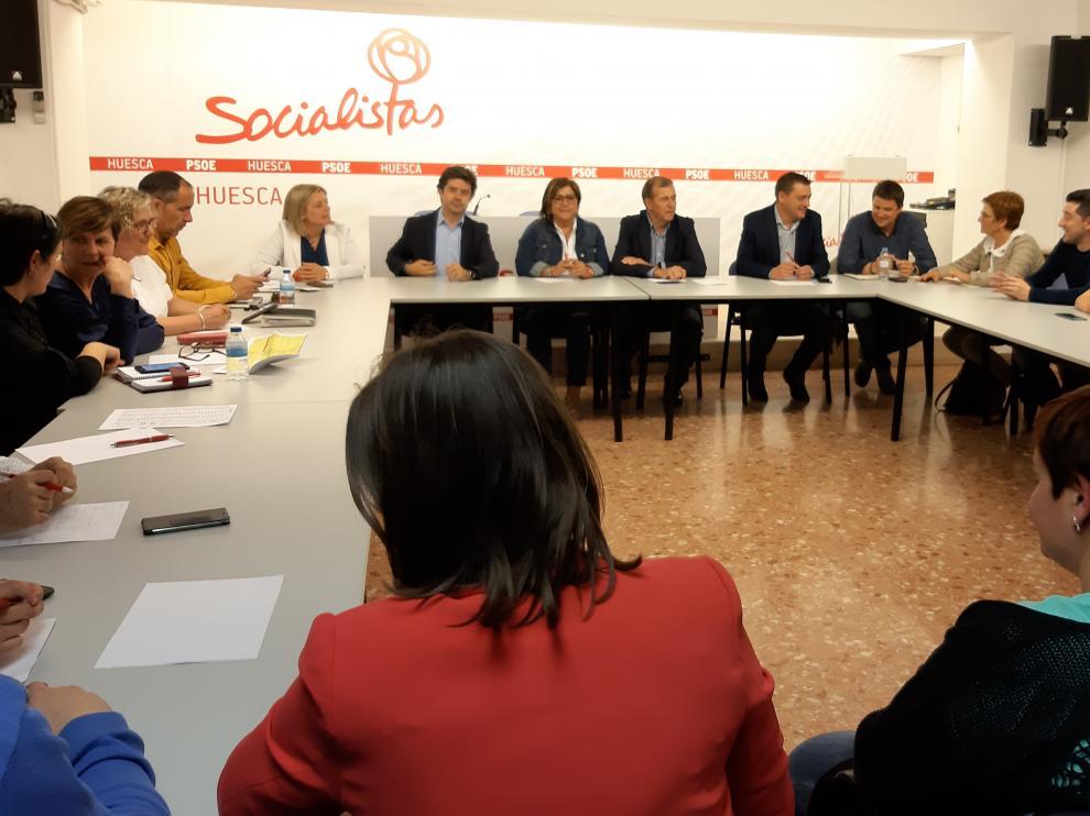 Imagen reciente de la Comisión Ejecutiva del PSOE del Alto Aragón, reunida tras las elección del 28 de abril.