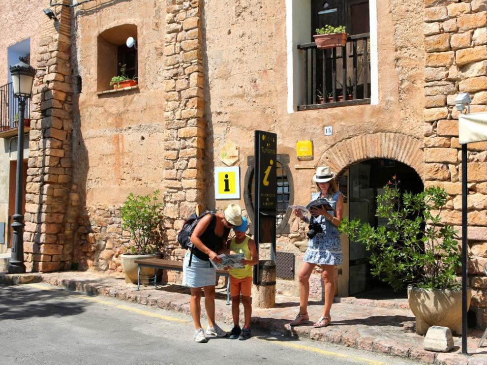 La comarca del Somontano destina 18.000 euros a gastos de mantenimiento de oficinas de turismo.