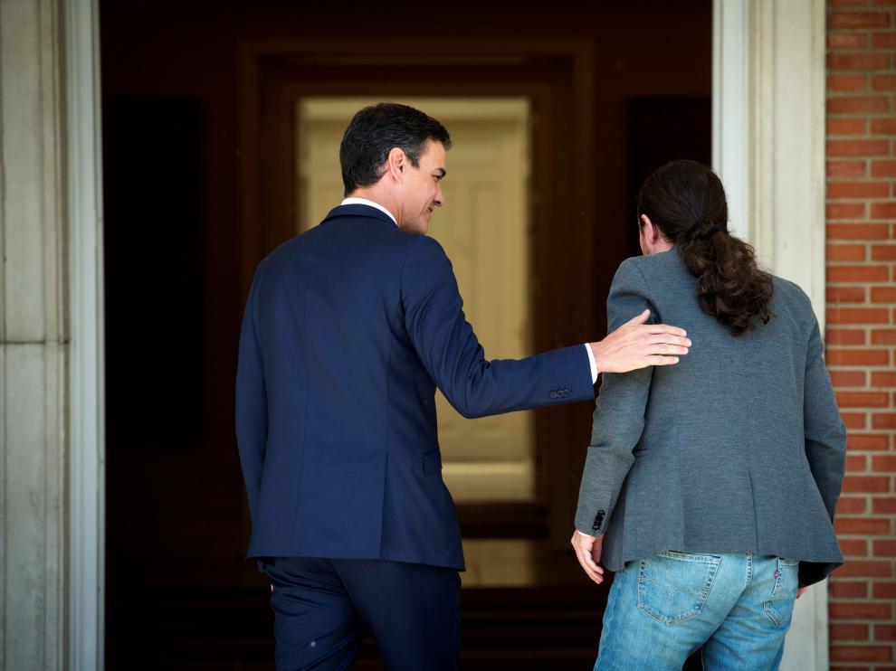 Pedro Sánchez recibe a Pablo Iglesias