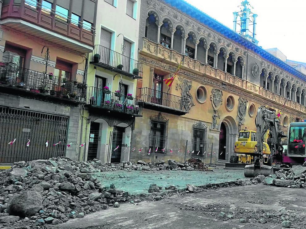 Las obras en la plaza de España comenzaron a final de marzo.