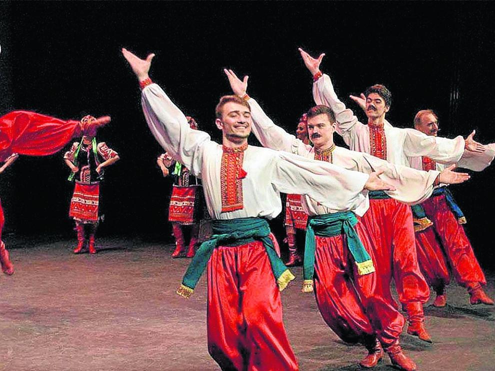 Un momento del espectáculo de la compañía de danza Cosacos de Rusia.