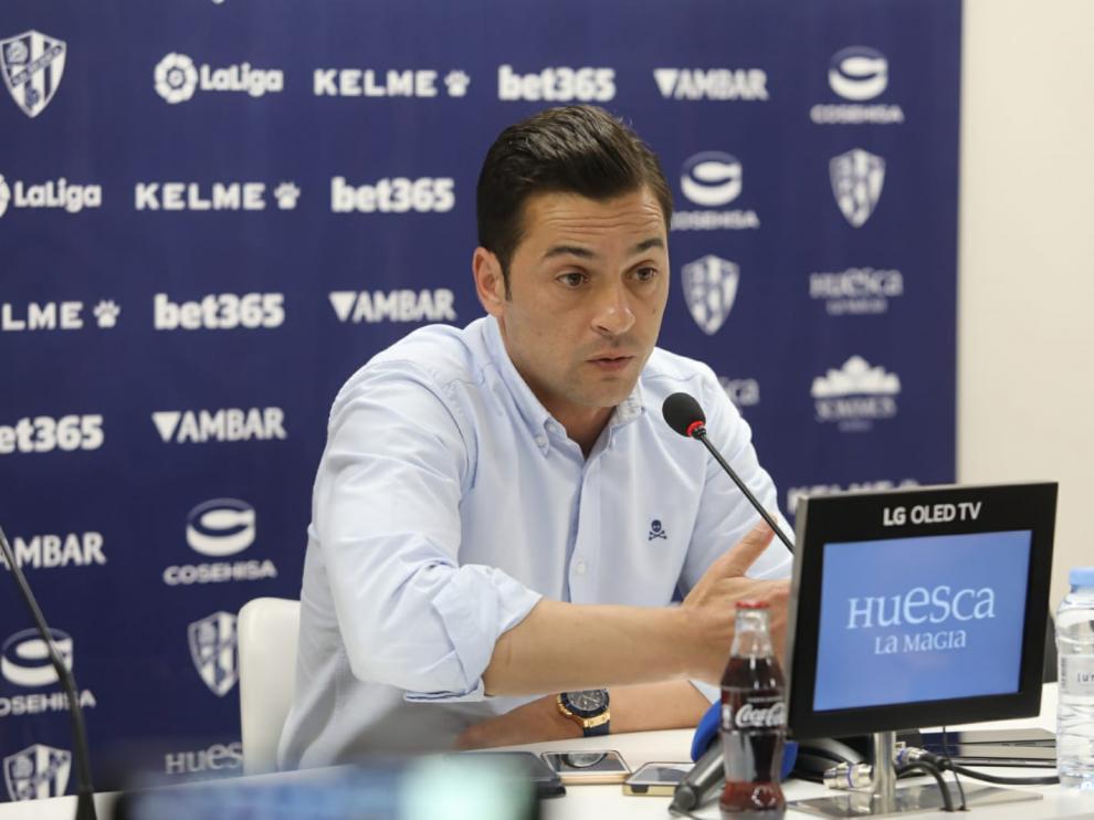 Francisco Rodríguez, técnico de la SD Huesca, en la rueda de prensa previa al partido con el Betis.