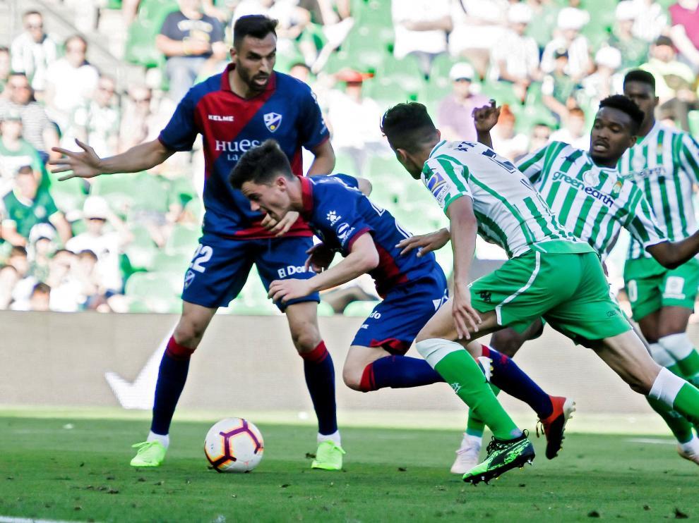 Juanpi, en la jugada en la se señaló penalti ante el Betis.