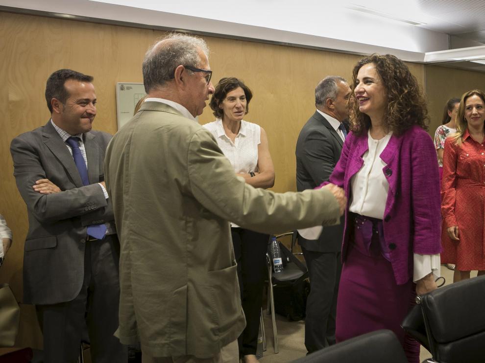 La ministra de Hacienda en funciones, María Jesús Montero, con el consejero de Hacienda, Fernando Gimeno, en un Consejo de Política Fiscal y Financiera.