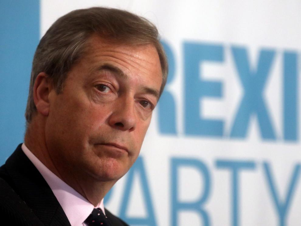 Brexit Party leader Nigel Farage looks on during a news conference for the announcement of the party's candidate for the forthcoming Peterborough by-election, in Peterborough, Britain May 9, 2019. REUTERS/Simon Dawson [[[REUTERS VOCENTO]]] BRITAIN-EU/